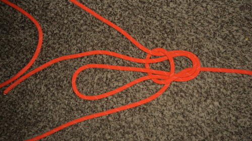 Double%20Loop%20Bowline%20with%20a%20Double%20Becket%20Bend%20and%20Forward%20Facing%20Bight_2.JPG