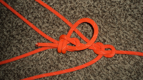 Double%20Loop%20Bowline%20with%20a%20Double%20Becket%20Bend_3.JPG